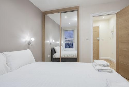 Valet Apartments Kilburn, London