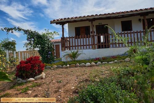 Timbarra Cottage, Villanueva