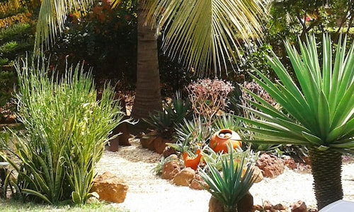 House With 3 Bedrooms in Nianing, With Pool Access, Enclosed Garden an, Mbour