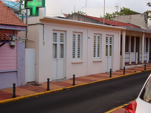 House With one Bedroom in Sainte Anne, With Enclosed Garden - 500 m Fr, Sainte-Anne