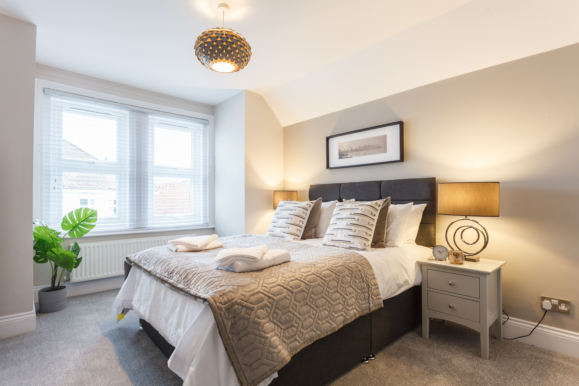 Stylish Town Centre House - Reef House, Poole