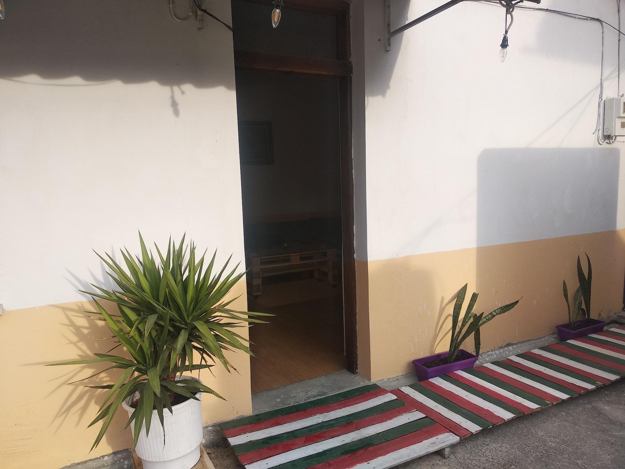 My Hostel in Berat, Beratit