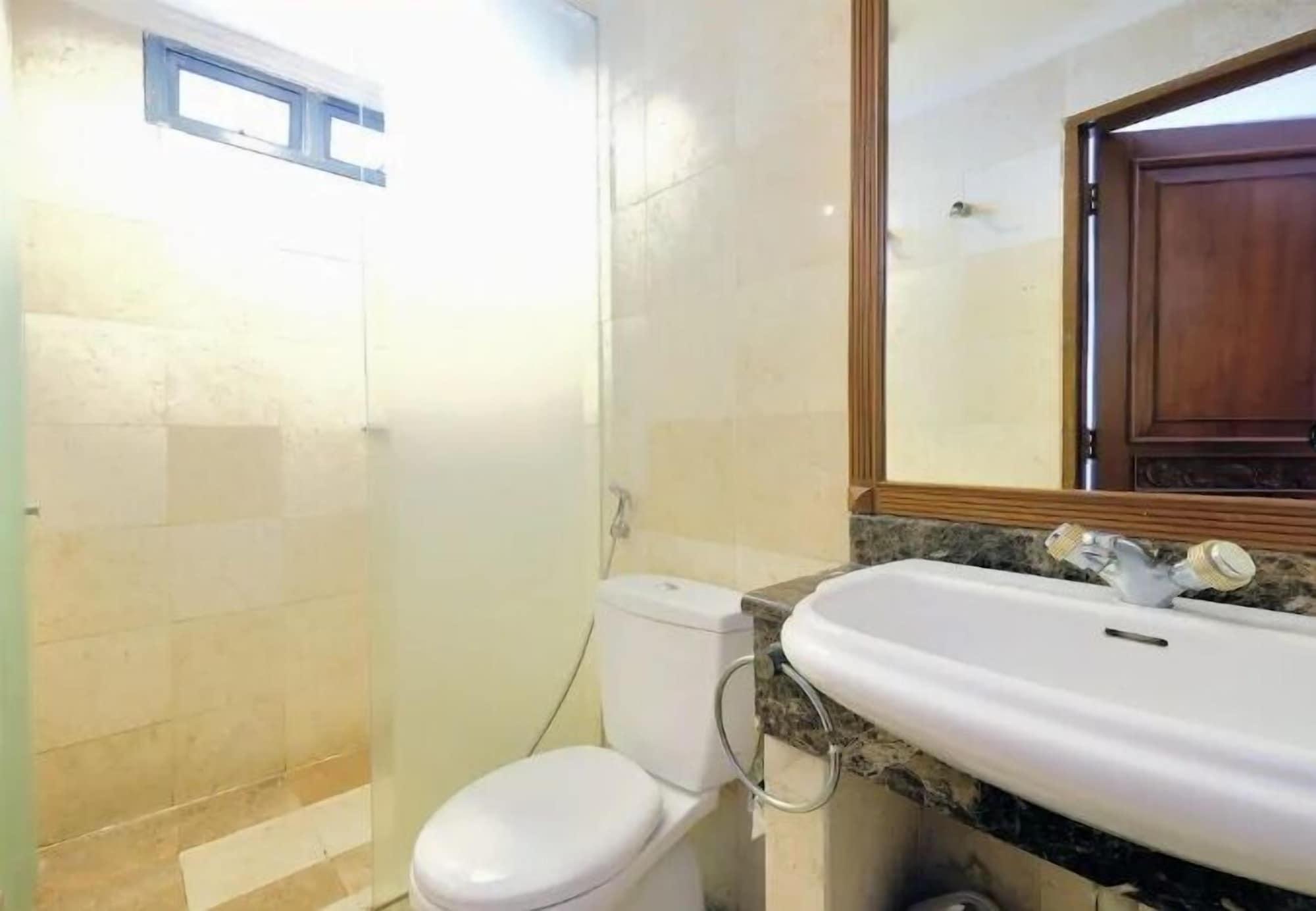 4BR Cozy Tropical Retreat Penthouse, Jakarta Barat