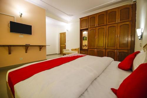 OYO 18636 Cordial Inn, Shimla