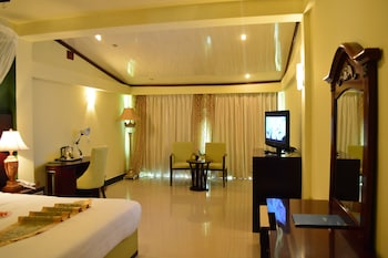 Deluxe Tek Büyük Yataklı Oda (lake Front)