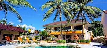 Hotel - The Coconut Resort