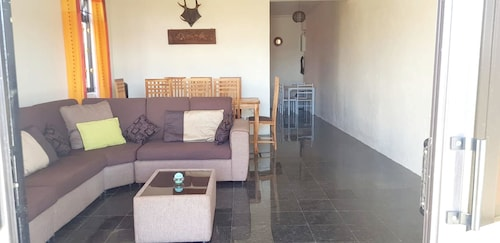 House With 4 Bedrooms in Mahebourg, With Wonderful sea View, Enclosed,