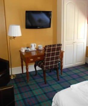 Triple Room (Room 4)
