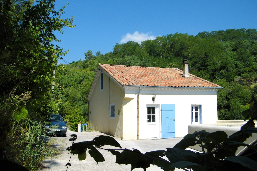 Maison Monet Terrasse et petit jardin