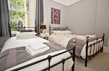 Hotel - Hedley Hotel