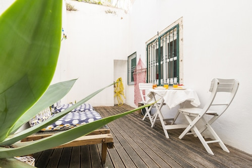 Downtown Duplex by Homing, Lisboa