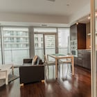 New!! CN Tower & Lake View, Luxury Condo