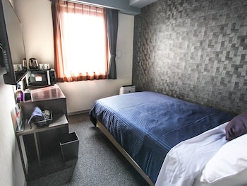HOTEL LIVEMAX PREMIUM HIMEJIEKI-MINAMI Room