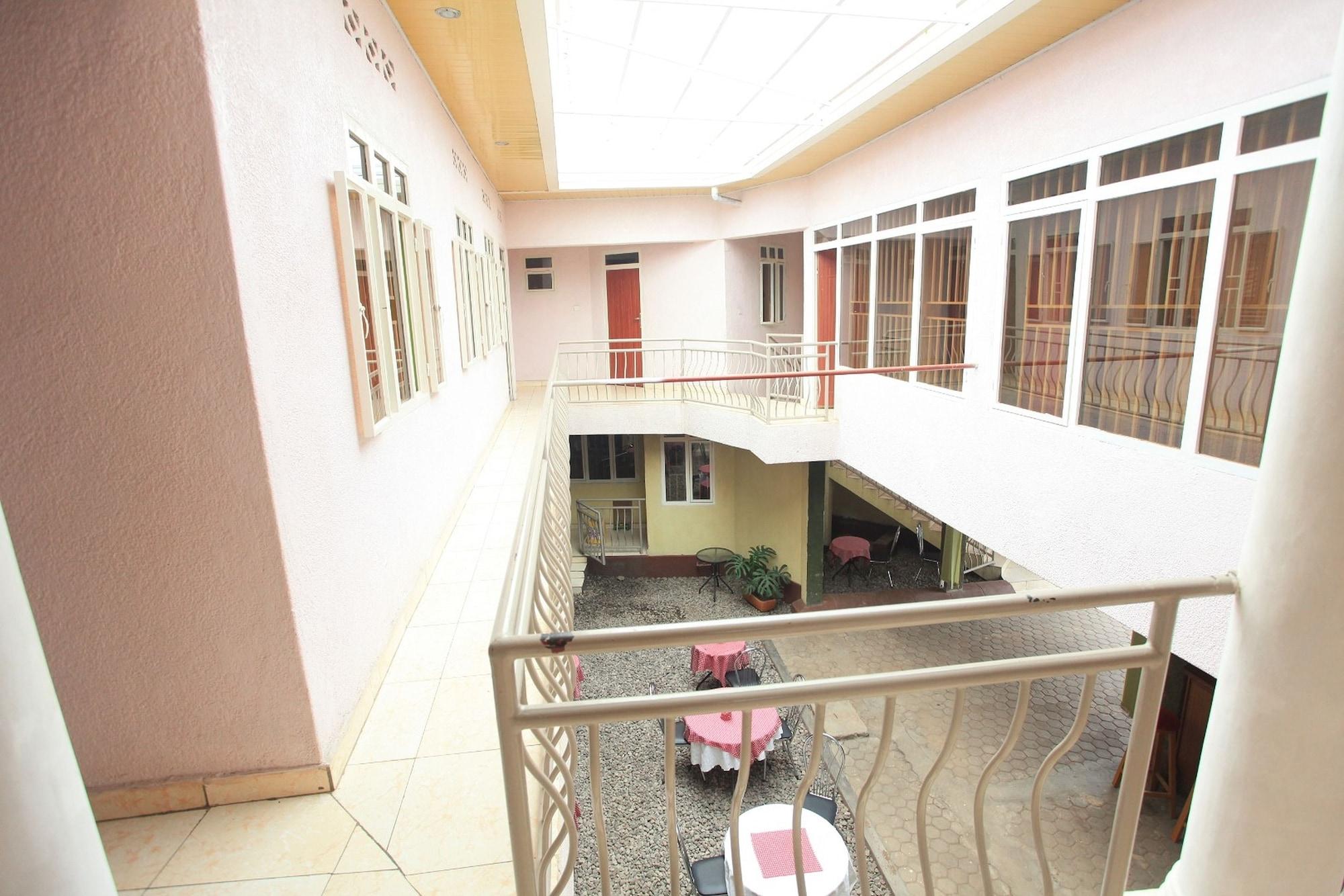 La Voisina Hotel, Musanze