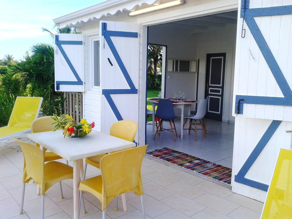 House With 2 Bedrooms in Saint-françois, With Enclosed Garden and Wifi - 2 km From the Beach
