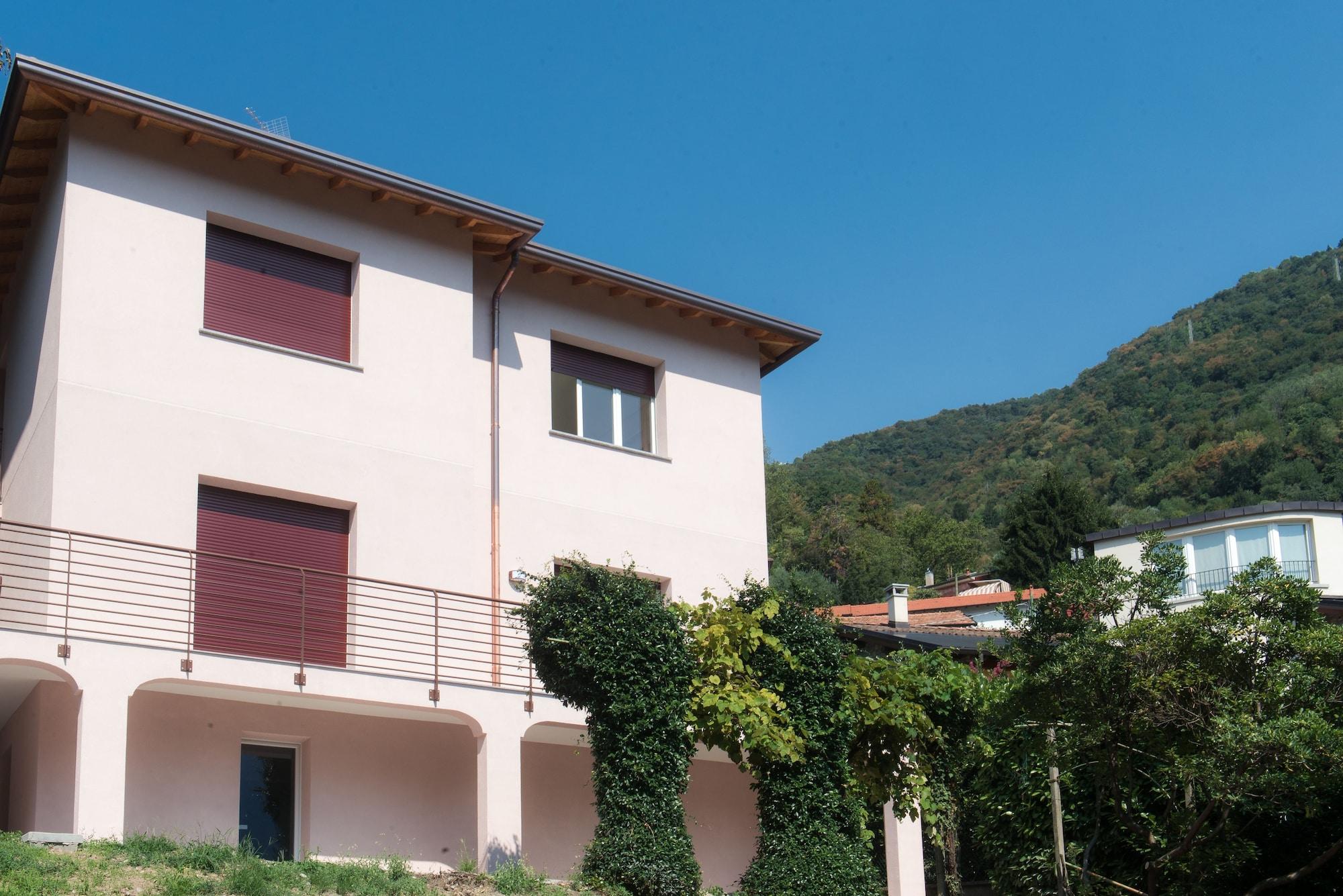 Villa Vittoria, Como