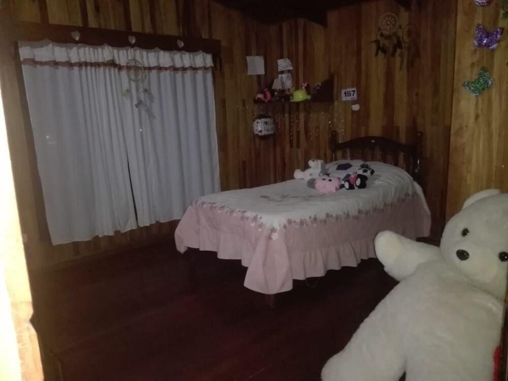 Cozy Room in Zarcero