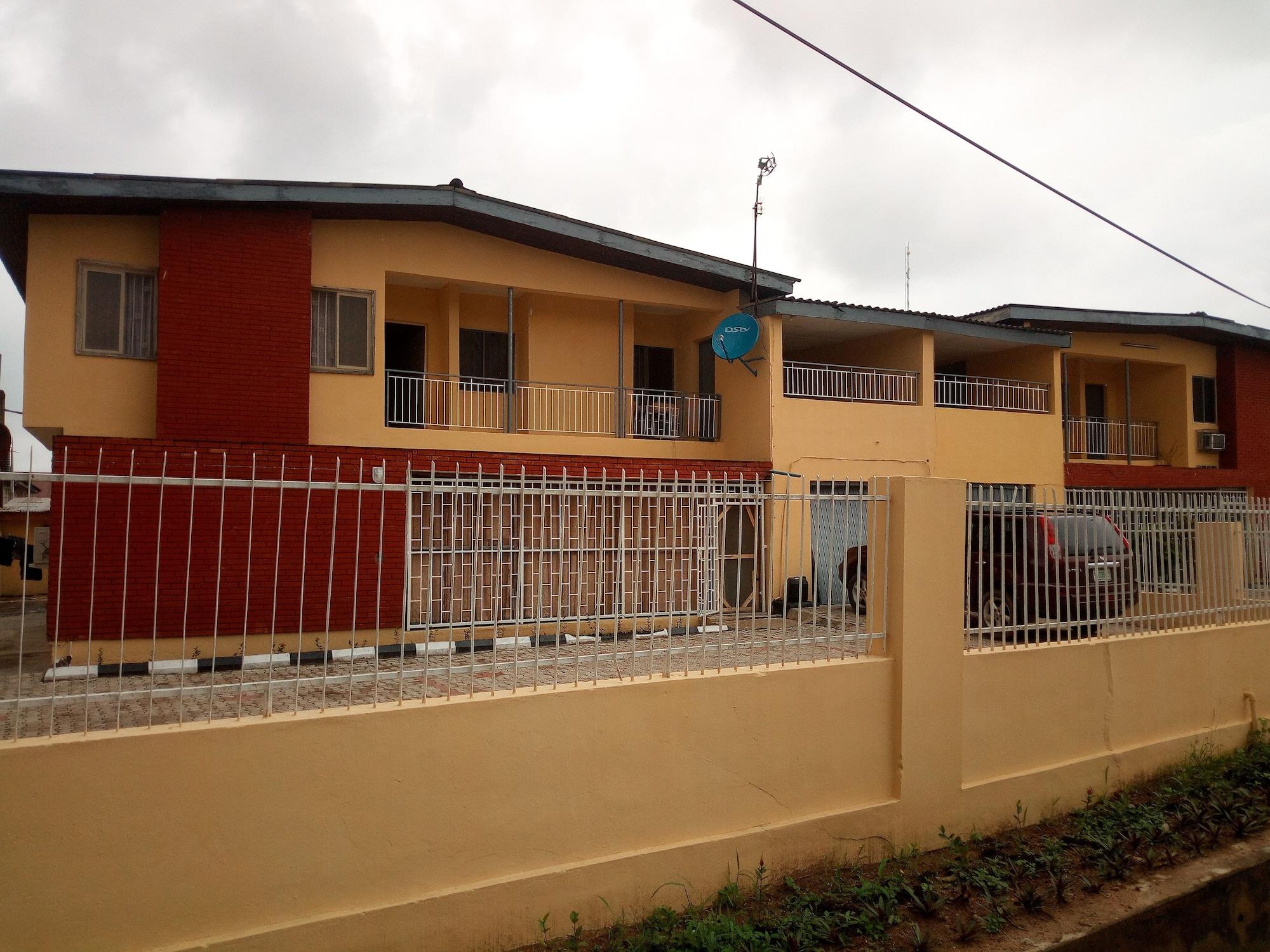 Red Clover Hotel, Obafemi-Owode