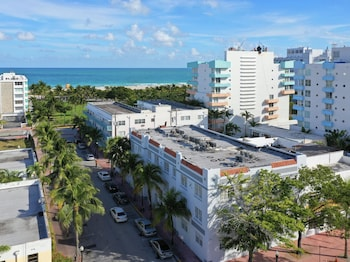 Miami World Rental - Ocean 201 130