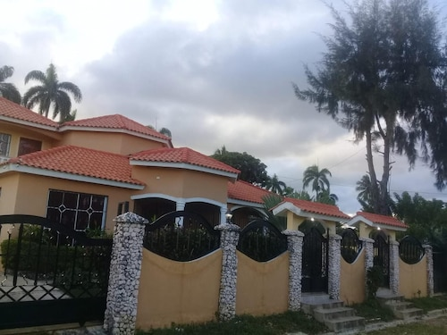 Villa With 5 Bedrooms in Nagua, With Private Pool, Enclosed Garden and, Nagua