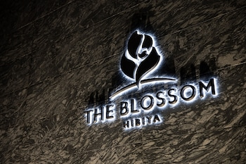 THE BLOSSOM HIBIYA Property Entrance