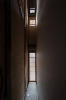 RESIDENCE JO 15 KARASUMA SHIJYO Porch