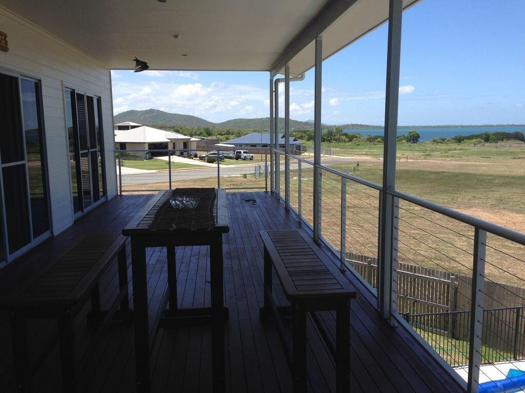 The Beach House, Bowen
