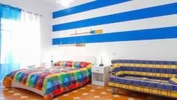 Sailor's Apartments
