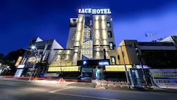 Hotel the Ace