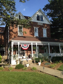 Hotel - Victorian House Bed and Breakfast