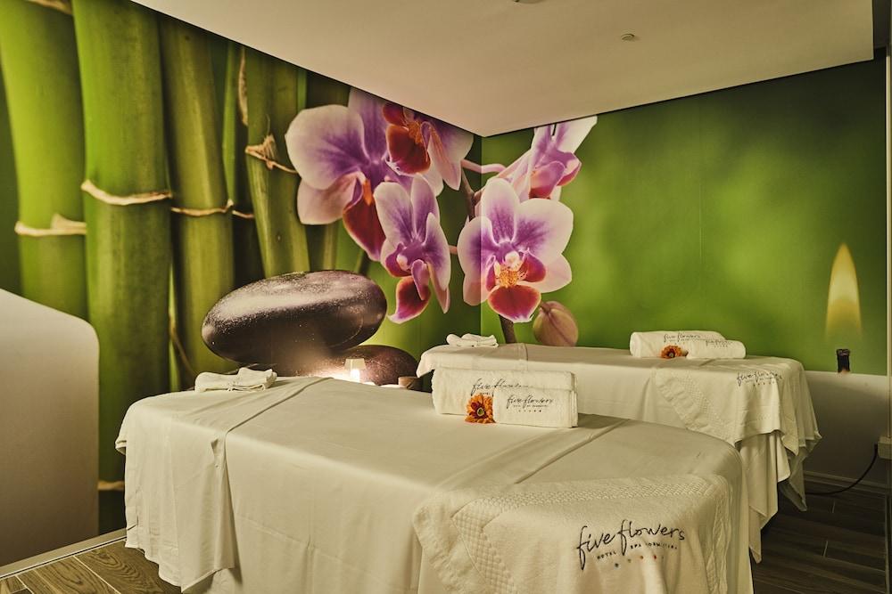 https://i.travelapi.com/hotels/36000000/35380000/35374600/35374562/efb8e4ef_z.jpg