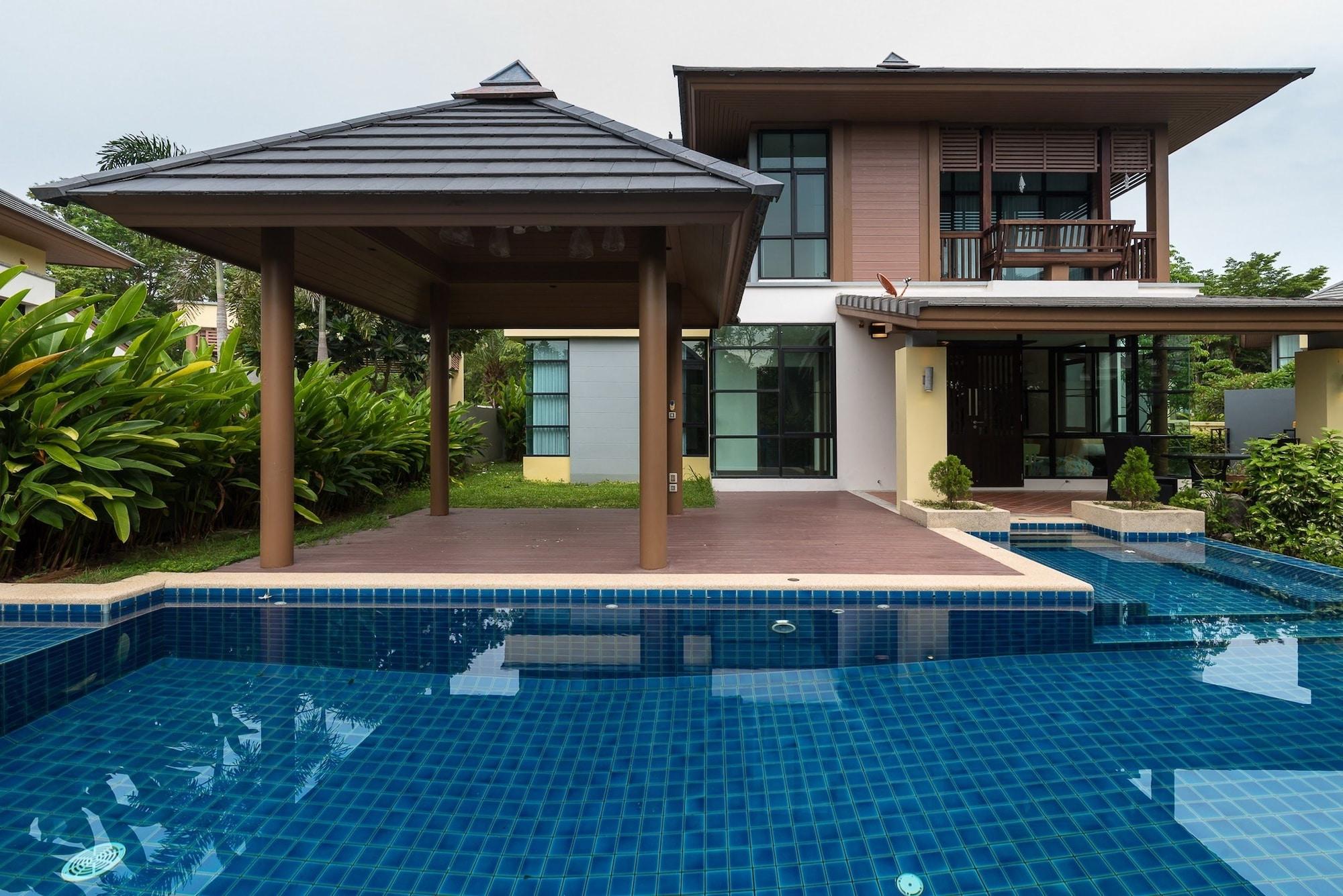 Pool Villa Pattaya by Passionata, Bang Lamung