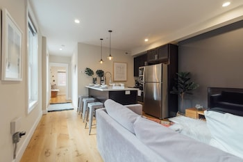 Home in the Heart of Rittenhouse Square