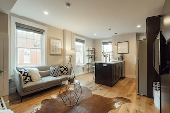 Downtown Philly Apartment By Rittenhouse Square