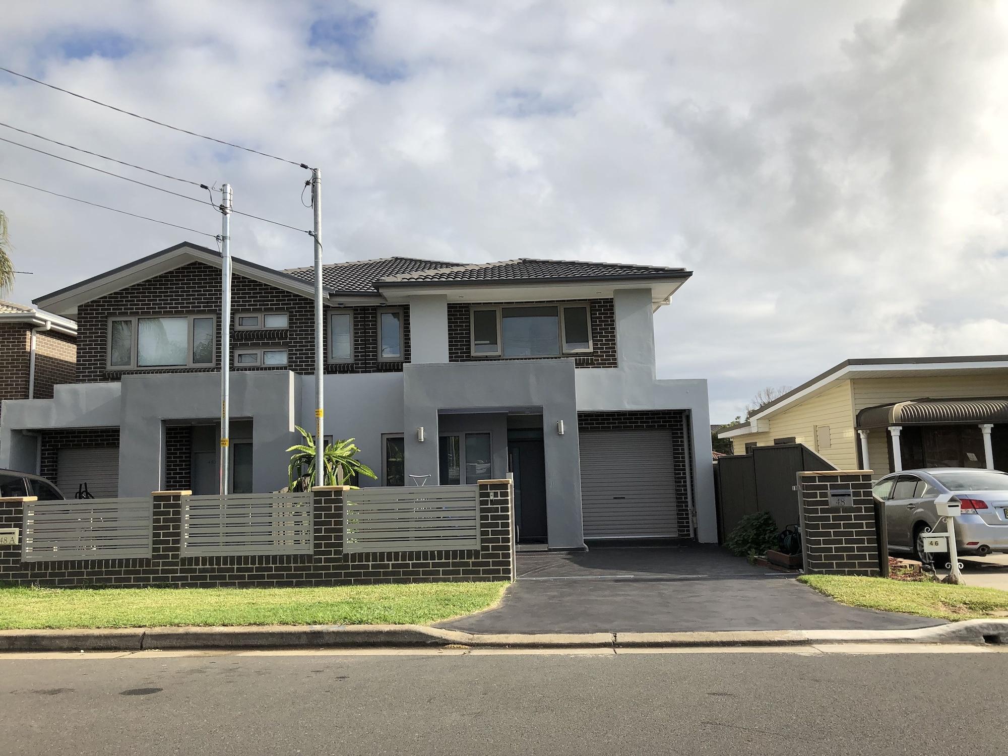 Newly Built and Spacious Home, Fairfield - East