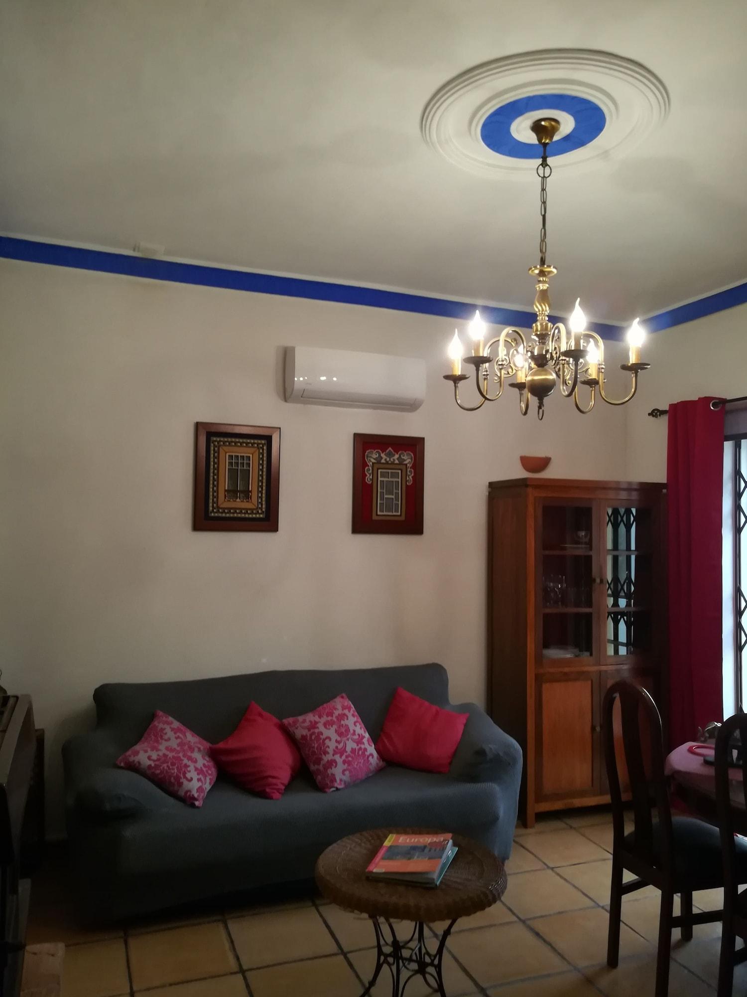 A casa da avó Custoidinha, Olhão