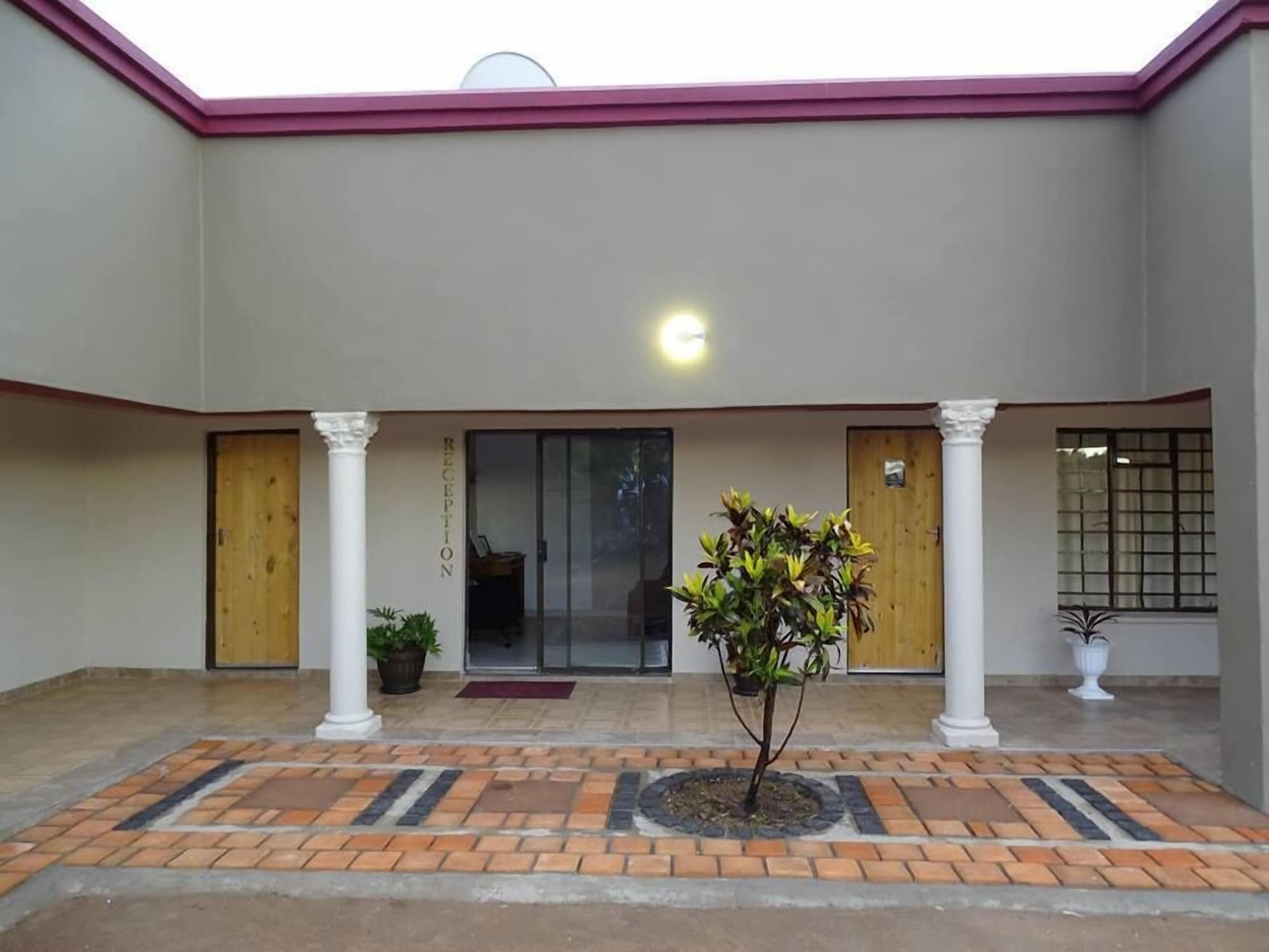 Goora-Motho Guest House, Kweneng South