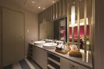HOTEL REX AKASAKA TOKYO Bathroom Sink