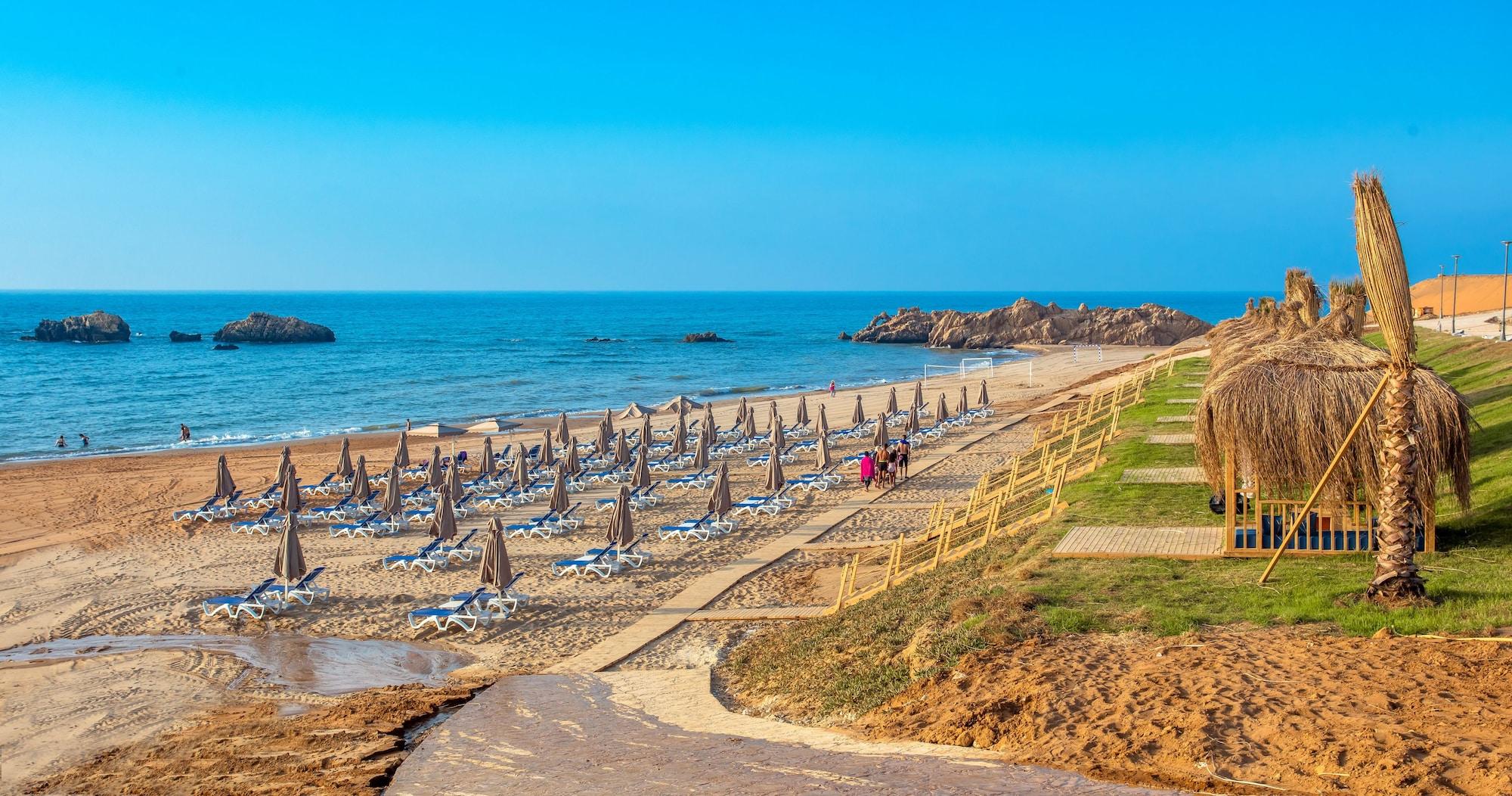 Zina Beach Resort & SPA, Benabdelmalek Ramdane