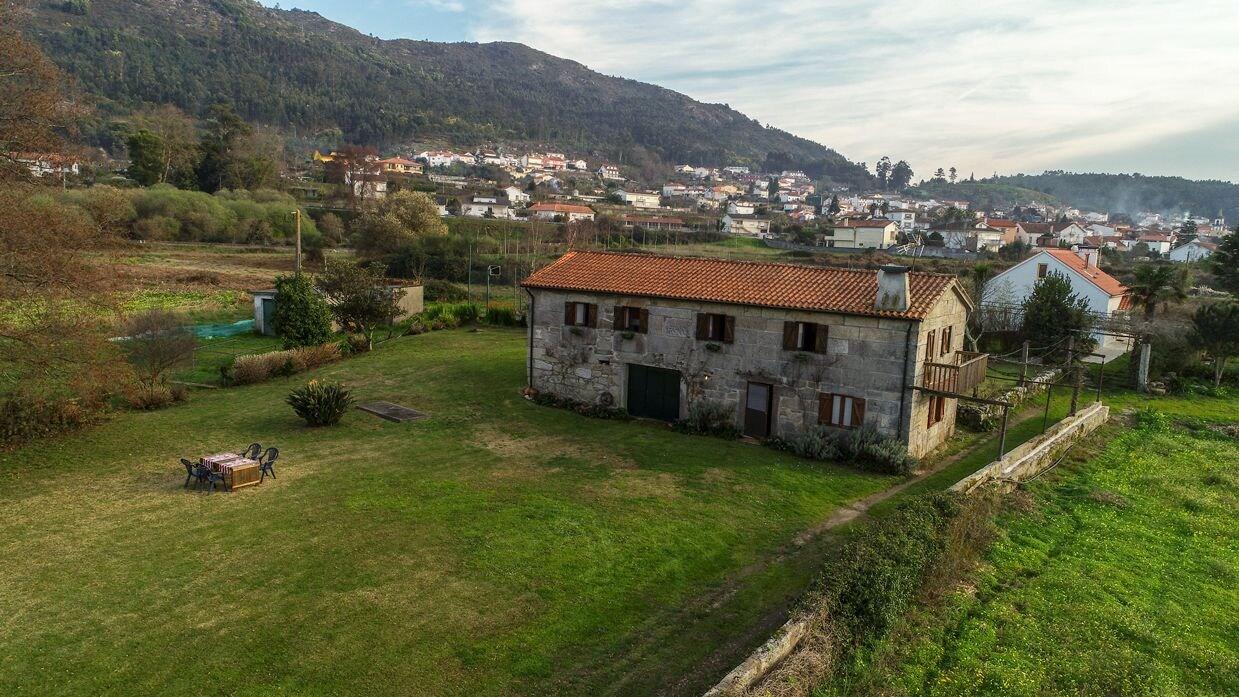 Liiiving Caminha Riverfront Garden Villa, Caminha