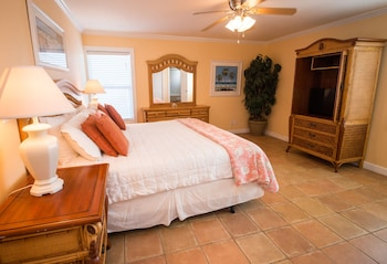Deluxe Penthouse, Multiple Beds, Beach View