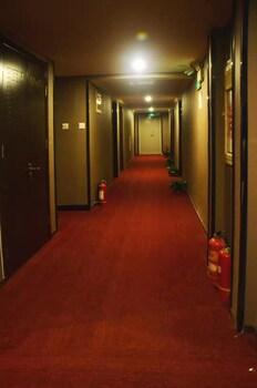 カオユアン ホテル (草原大酒店)