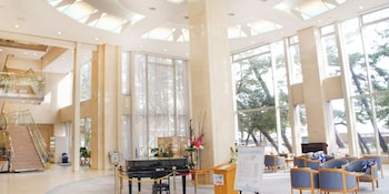 SEAPAL SUMA Lobby
