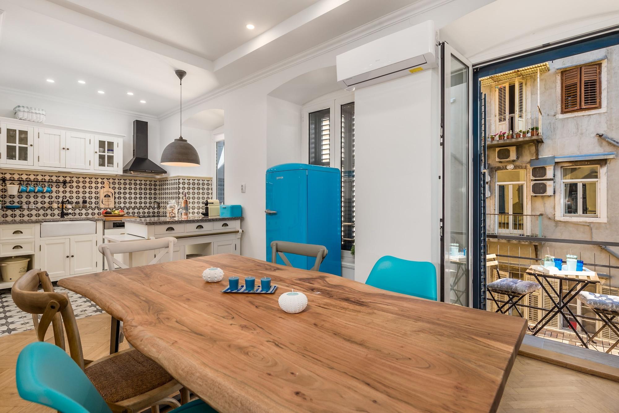 Luxury Apartment Karolina Riva, Rijeka