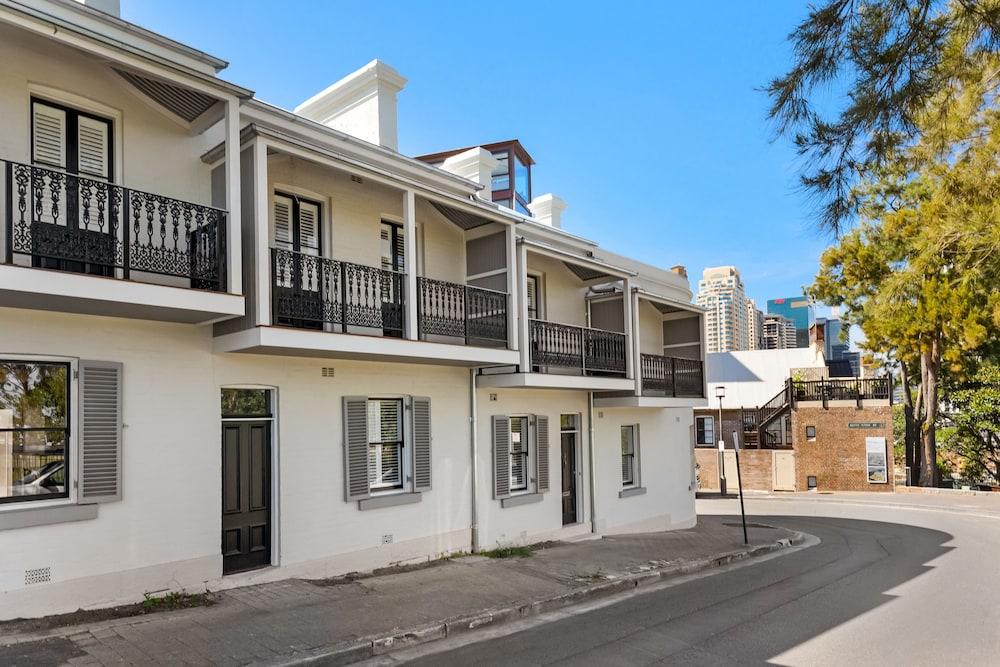 Barangaroo Luxury Apartments