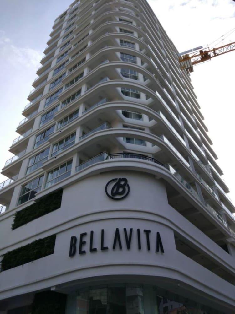 Bellavita Service Apartment