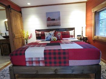 Red Cedar Cabin