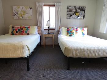 Family Duplex, 2 Queen Beds (Room 10)