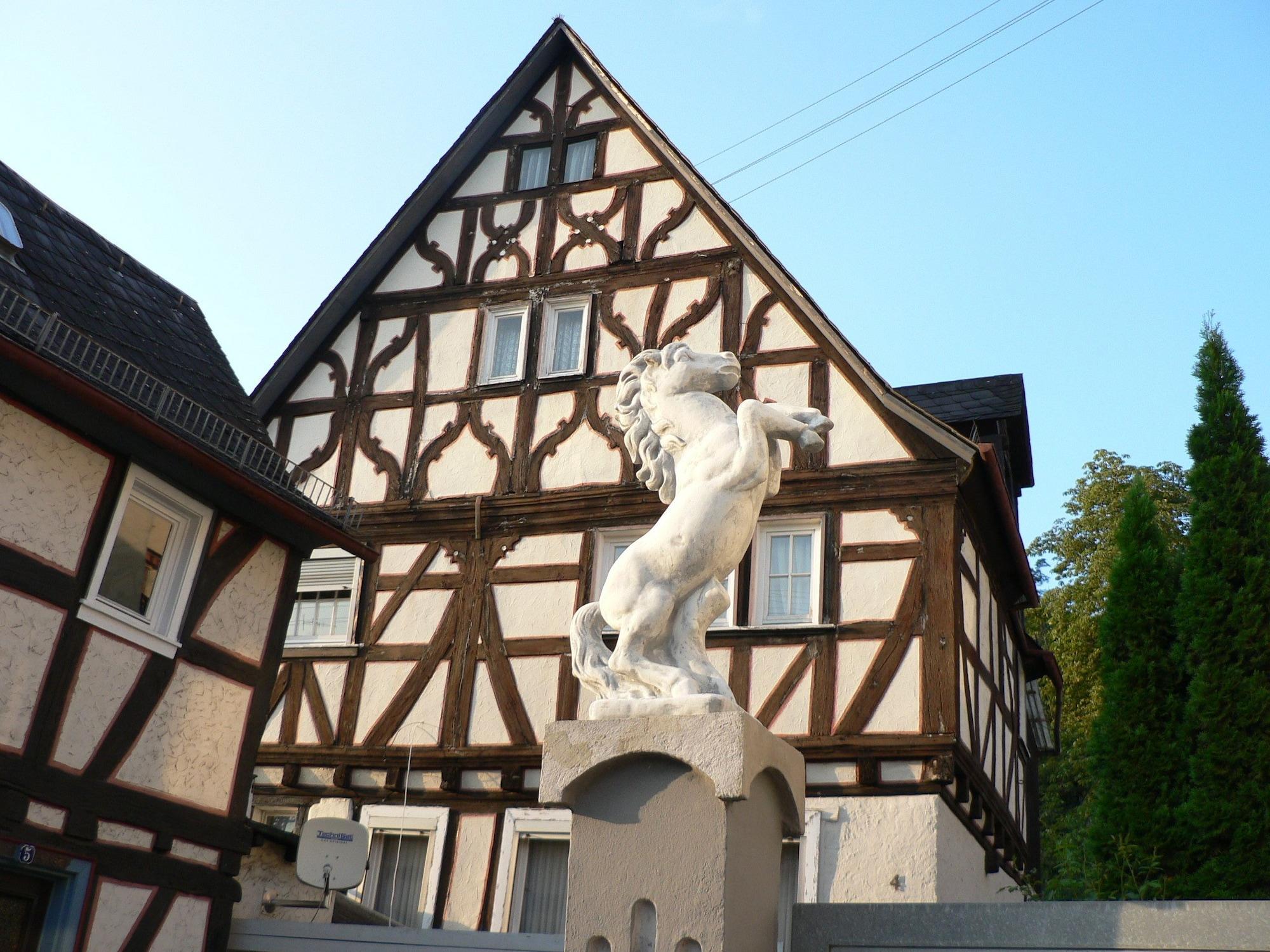 Gästehaus CHEVAL BLANC, Rheingau-Taunus-Kreis