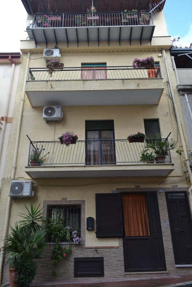 Jolly House Bolognetta